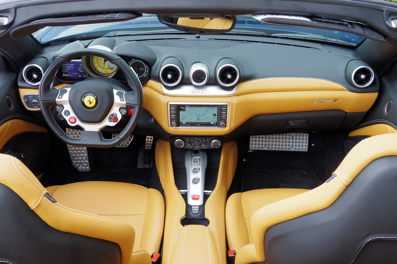 Ferrari-California-T-Interior