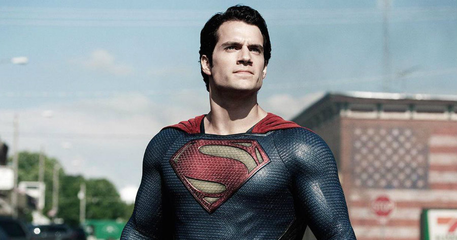 Actor Henry Cavill, who played Superman in that film as well as in Man of Steel, will reprise his role in Justice League as confirmed by director Zack Snyder last month at Comic-Con. Image Source: Inquisitr
