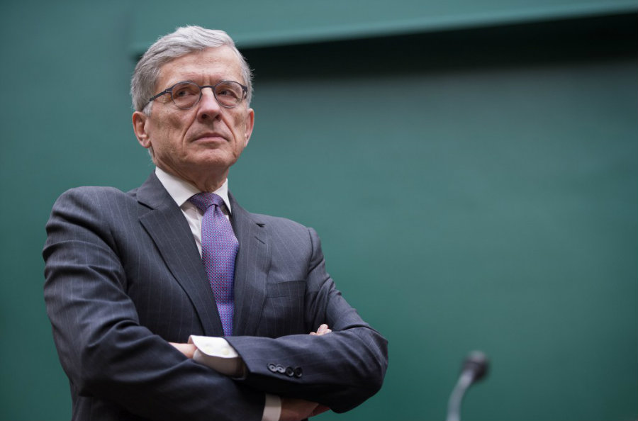 FCC's Chairman Tom Wheeler has spoken about the issue of set-top boxes and the reasons to set the cable boxes free for other providers, such as free streaming apps. Image Source: Reuters