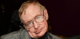 Stephen Hawking warns about the dangers of contacting alien life.