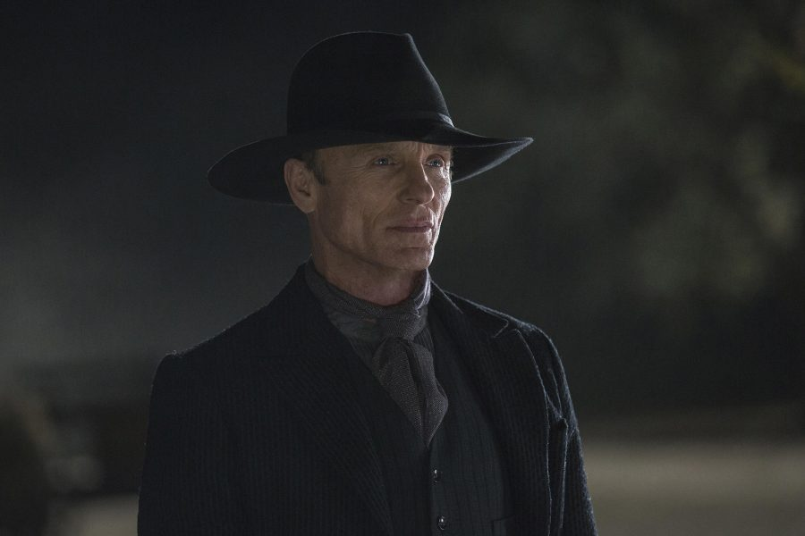 160930-westworld-gunslinger