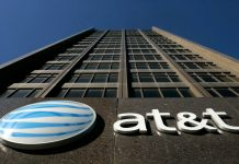 AT&T accused of selling user information to the government
