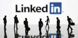 Linkedin's Open Candidates lets people job hunting discretely