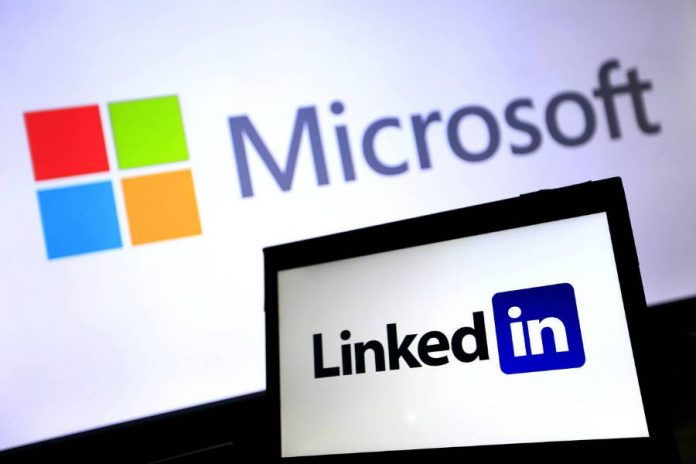 Salesforce asks the EU to probe Microsoft-LinkedIn merger alleging violations to the anti-trust laws.