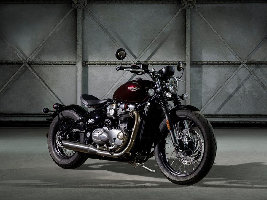 The 2017 Bonneville Bobber is a perfect take on  classic-modern American choppers. Image Source: MCN