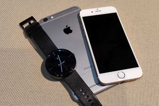 b065651fd The Android Wear is compatible with iOS