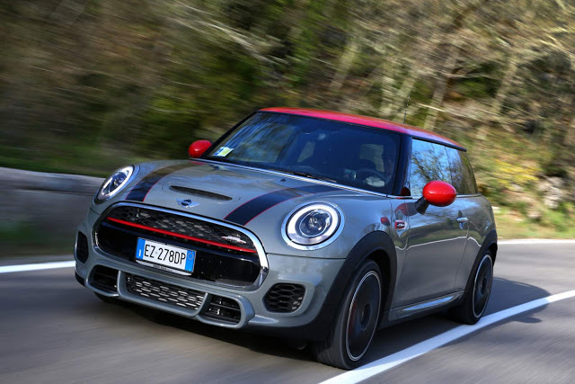 Dealerships That Buy Cars >> MINI John Cooper Works 2016 Vs 2015: What is new?