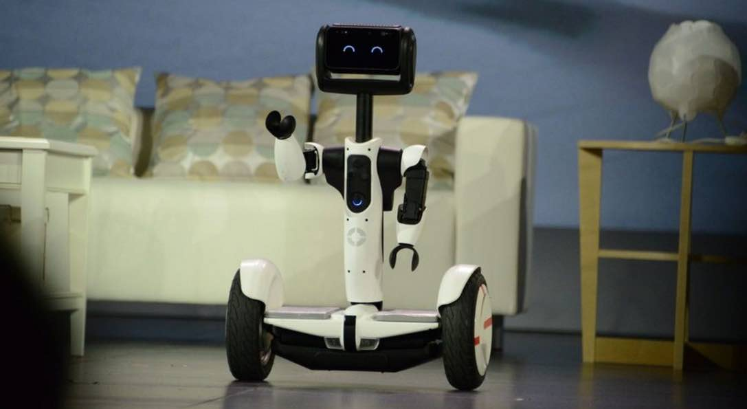 hoverboard-robot-butler-intel-