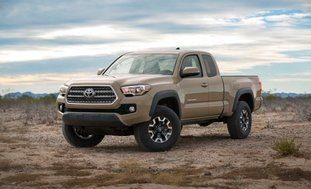 2016-Toyota-Tacoma-Crew-Cab-TRD-Off-Road-4x4-201-626x382