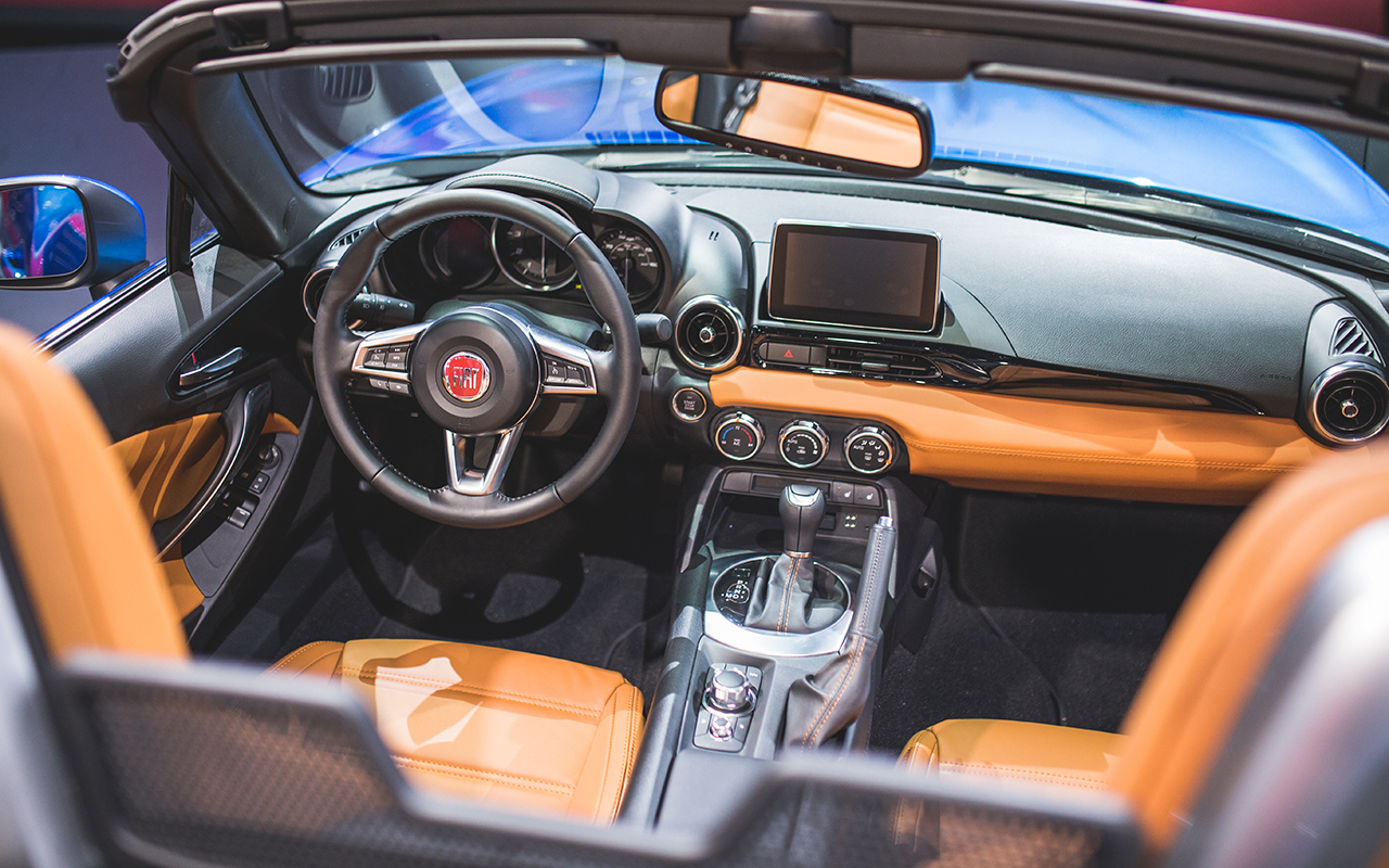 Fiat 124 Spider Classica 2017 available for $26,000 with ...