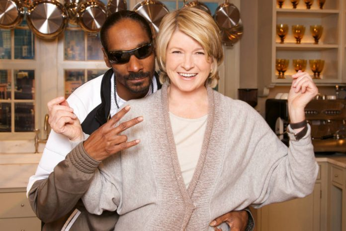 Martha Stewart and Snoop Dog's cooking show to debut on fall