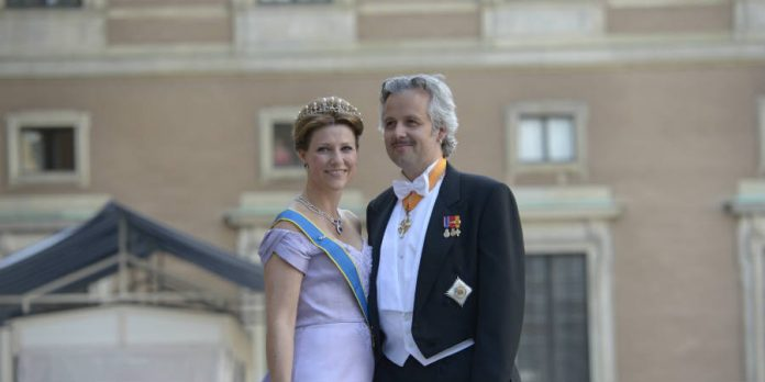 Norway Princess Märtha Louise divorces writer Ari Behn