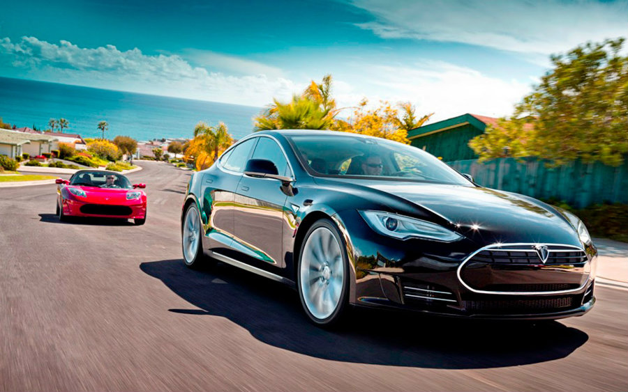 Tesla Motors could be on the verge of finding a worthy competitor with Mercedes latest EV SUV. Image Source: EV News