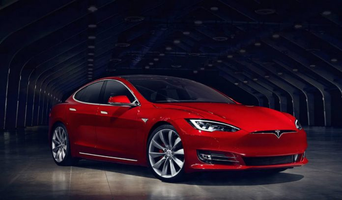 Tesla cannot confirm the autopilot was on during fatal crash in china