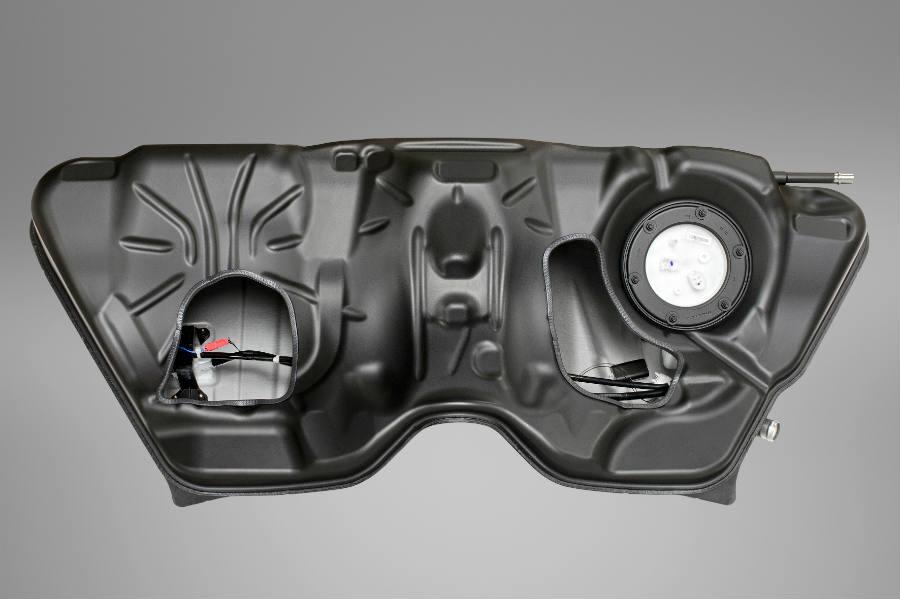 BMW-M5-fueltank