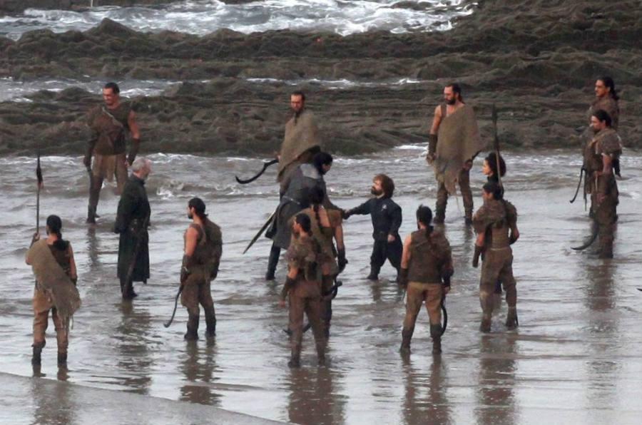 Jon Snow meets Tyrion, Ser Davos, and the Dothraki army.