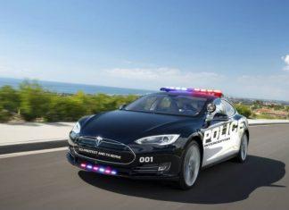 LAPD test Tesla Model S EV as emergency-response patrols
