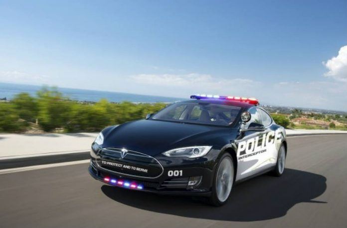 LAPD test Tesla Model S EV as emergency-response patrols