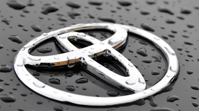 Toyota recalls more than 300,000 Prius worldwide