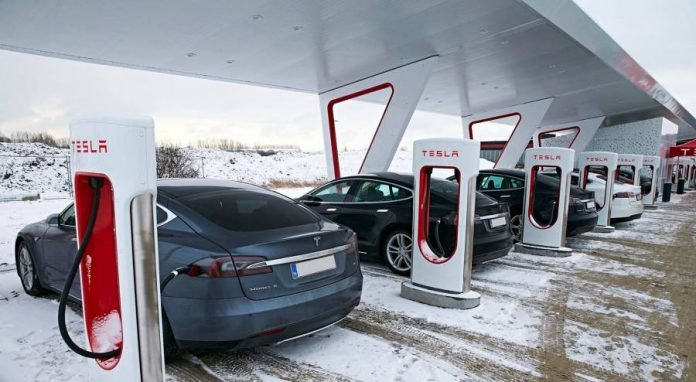New Tesla customers can get free supercharging until Jan 15