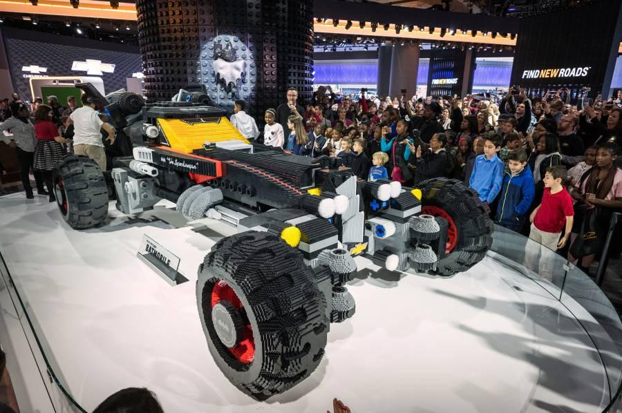 Chevrolet-LEGO-Batmobile-at-2017-Detroit-auto-show-