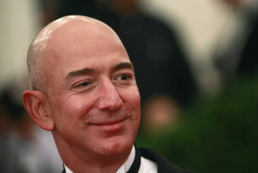 Jeff Bezos face photo