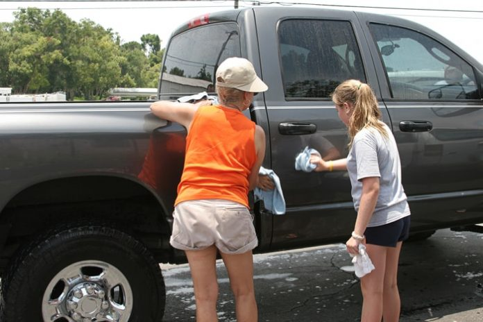 Truck Washing & Maintenance