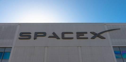 Doug Hurley and Bob Behnken Launch into Space aboard SpaceX's Crew Dragon Capsule