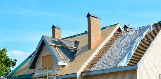 Home Roofing: 7 Warning Signs It's Time to Replace Your Roof