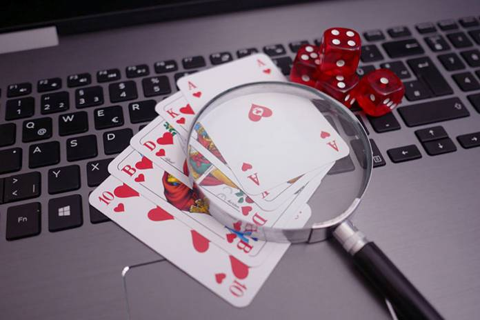 Precautions to be Taken while Choosing an Online Gambling Site