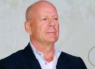 Bruce Willis Regrets Rite Aid Incident, Urges People to Wear Masks