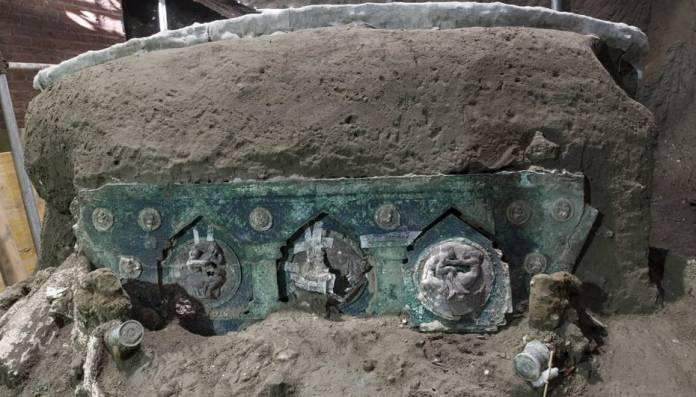 Researchers Discover 2,000-Year-Old Ceremonial Chariot Buried Under Volcanic Ash in Pompeii
