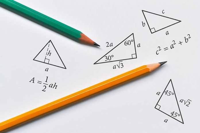 How to Find the Area of an Isosceles Triangle?