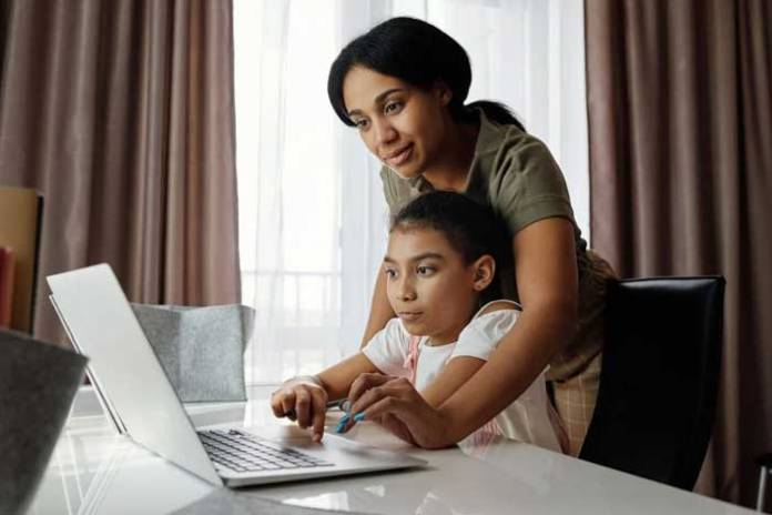 How to Help Your Kids Succeed at Distance Learning