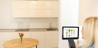 Smart Building Lighting - Leveraging Smart Lighting to Link End-to-End Processes in Buildings
